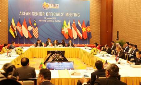 16日、ベトナム中部ニャチャンで開催された東南アジア諸国連合(ASEAN)外相会議の関連会合(VNA=共同)